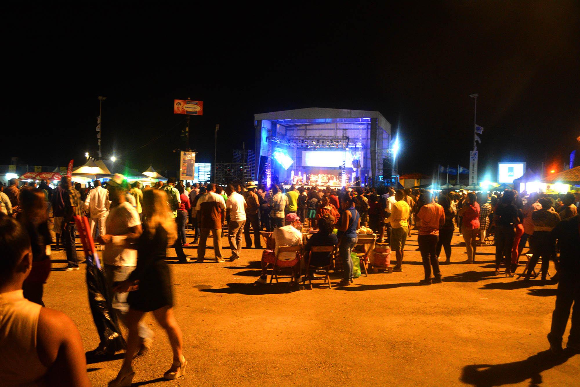 Tumbafestival geproduceerd door TeleCuracao