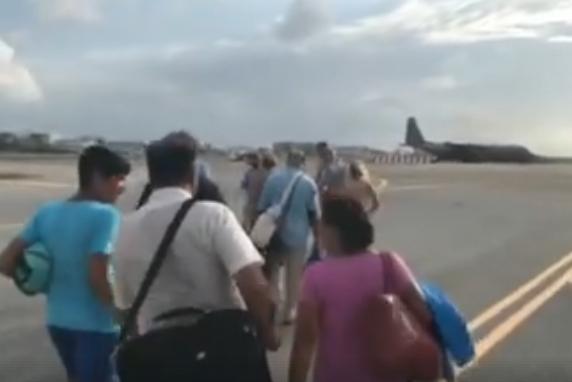 Evacuatie naar Curaçao; meer militairen op komst