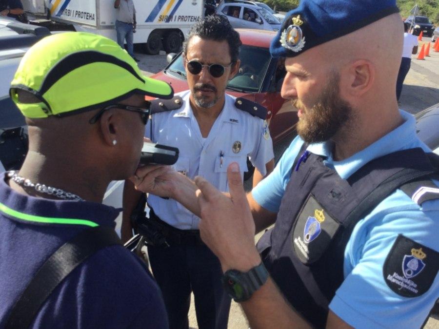 Politie controleert voor het eerst op alcohol