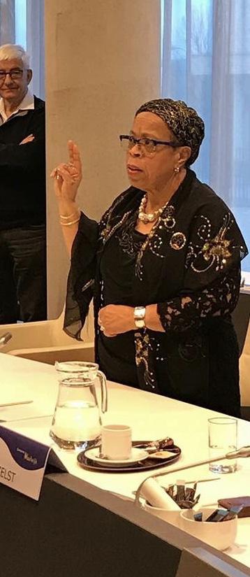 Yvette IJpelaar: voor vierde keer beëdigd als raadslid