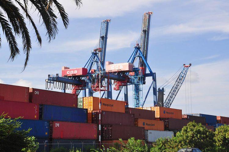 Containerhaven problemen met kranen