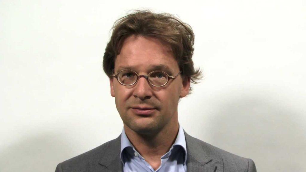 Ronald van Raak wil steun aan Sint-Maarten voorlopig stoppen
