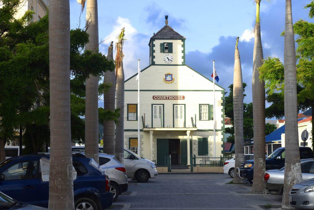Vestigingsmanager moet ruim 1 miljoen dollar terugbetalen  | Curacao.nu