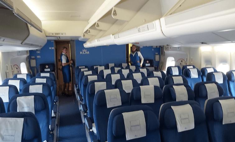 Mondkapjes verplicht aan boord KLM