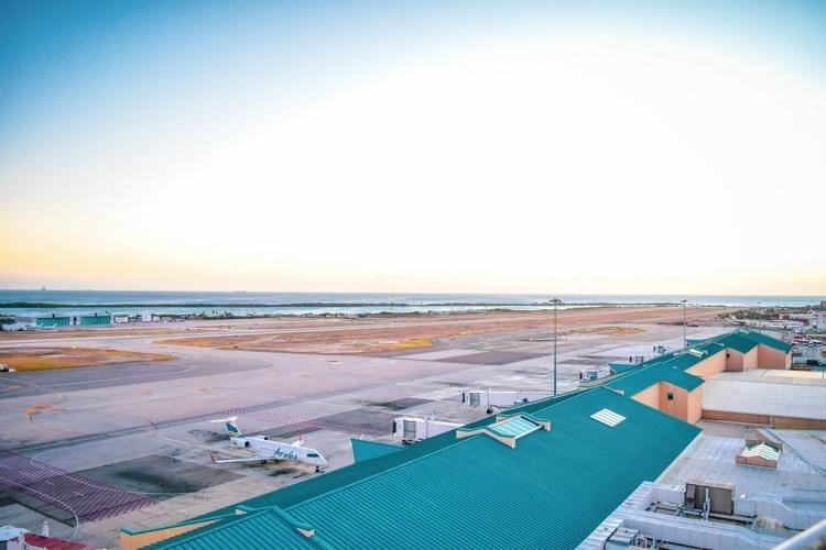 Meer passagiers Aruba door Amerikaanse reislust