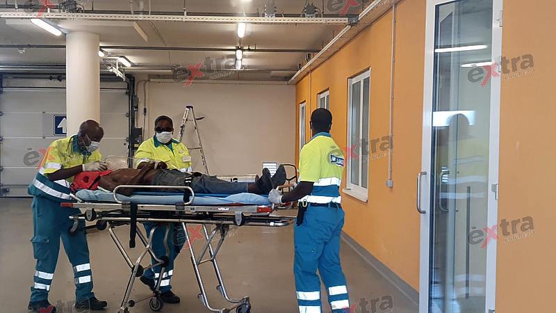 Bouwvakker ernstig gewond na val