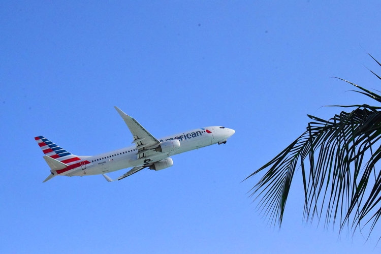 American Airlines hervat vluchtschema Curaçao