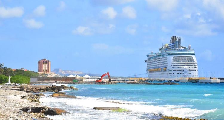 Eerste cruiseliner komt donderdag aan op Curaçao