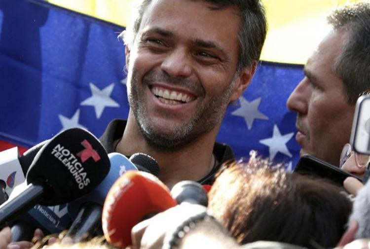 Venezolaanse oppositiepoliticus Leopoldo López ontvlucht zijn land via Aruba