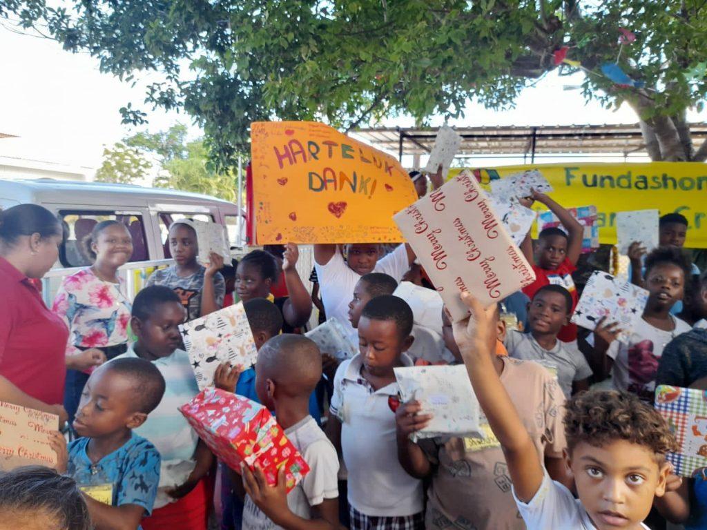 Ieder Kind een Kerstcadeau breekt record aantal cadeaus