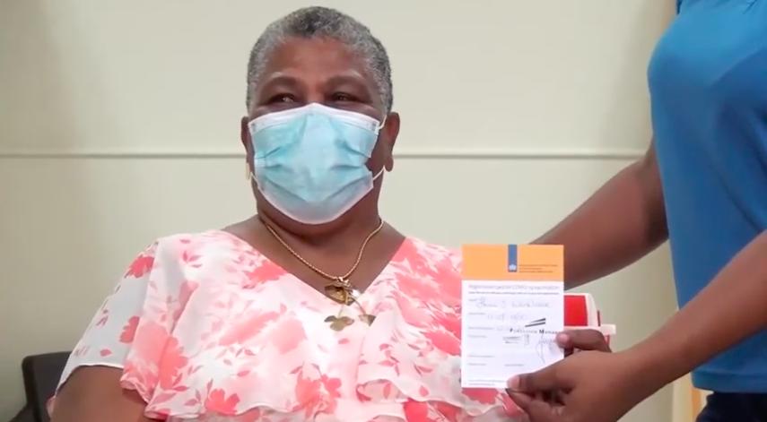 Caribisch deel van het Koninkrijk gestart met Covid vaccin behalve Curaçao - Curacao.nu