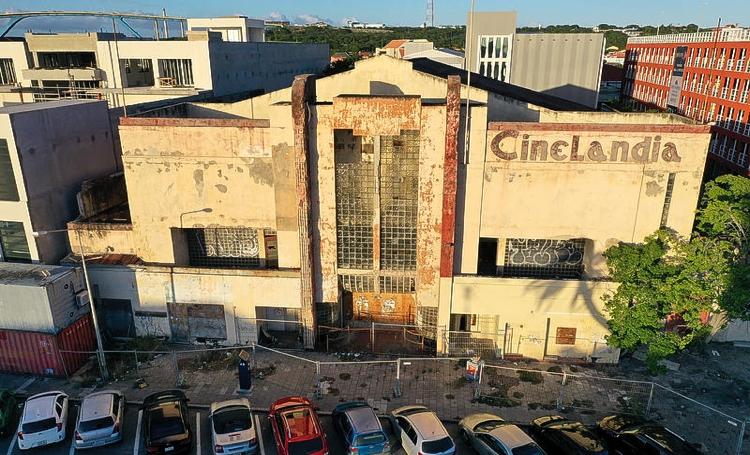 Cinelandia mag voorlopig niet gesloopt