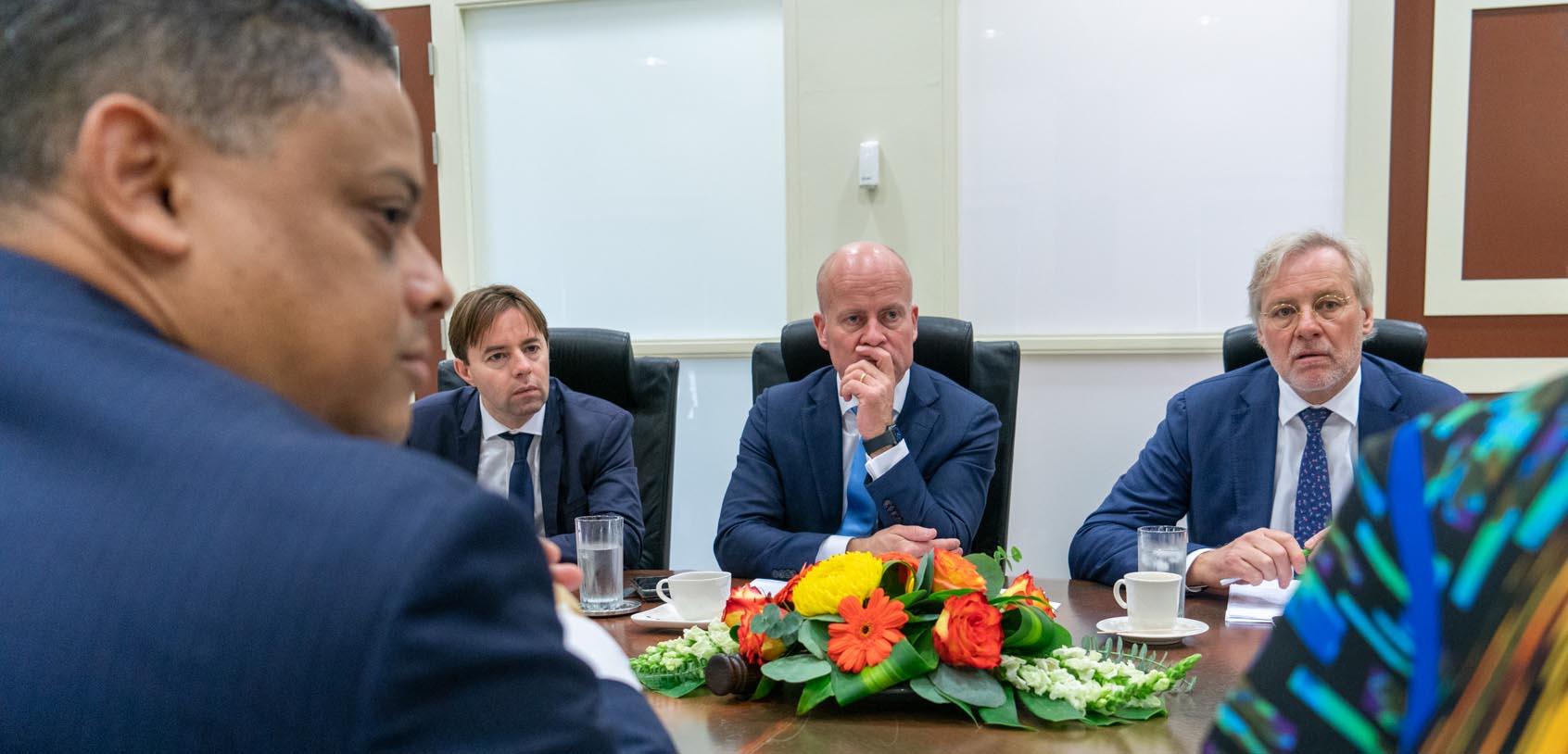 Den Haag geeft opnieuw aanwijzing aan Curaçao: 'Coalitie is deel van het probleem' - Curacao.nu