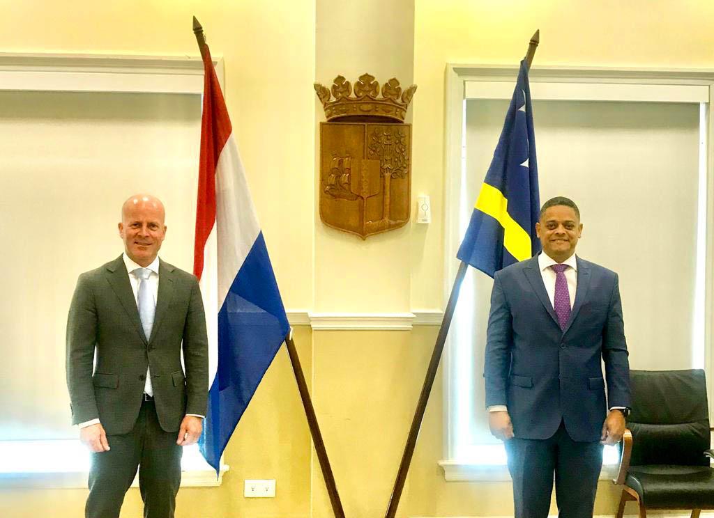 Staatssecretaris Raymond Knops bezoekt Curaçao, Bonaire en Aruba