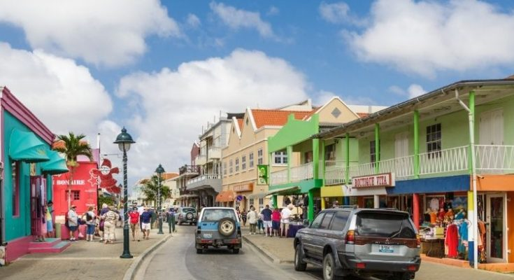 Reizen van Curaçao naar Bonaire en terug, wat zijn de regels en beperkingen?