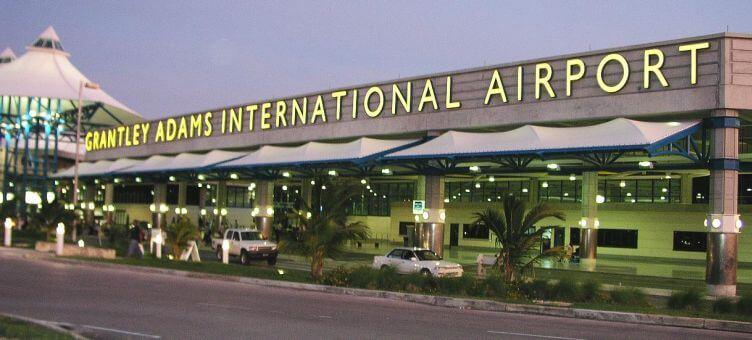 KLM vliegt weer op Barbados